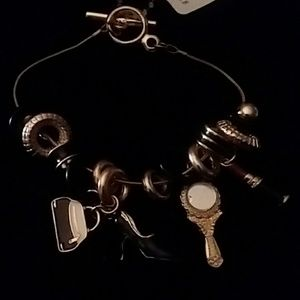 """💞💞GOLD """"Life"""" BRACELET BY Claire's 💞💞"""